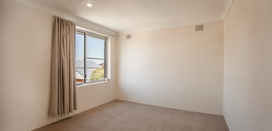 Top Floor Two Bedroom Apartment