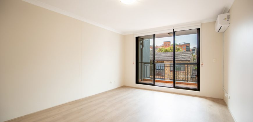 Modern One Bedroom with Parking